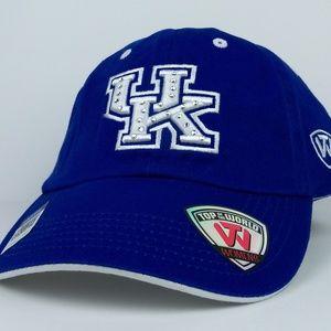 Women's Kentucky Wildcats Cap NWT Bling Added Logo